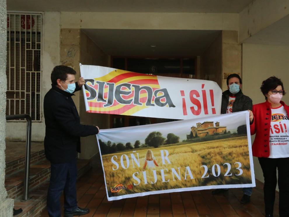 La Plataforma Sijena Sí ha animado al Obispado de Huesca a seguir este camino.