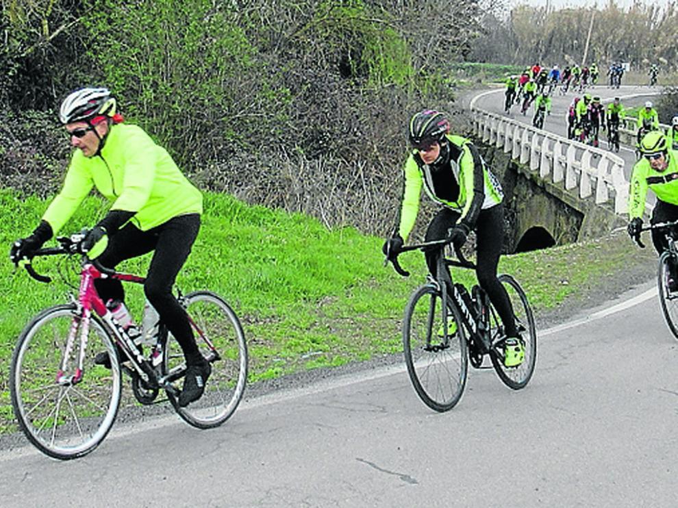 Vuelta a la actividad cicloturista por parte del Club Ciclista Oscense, que realizaron una salida hasta Alquézar.
