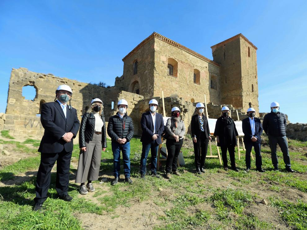 Imagen de la visita de este miércoles al monumento
