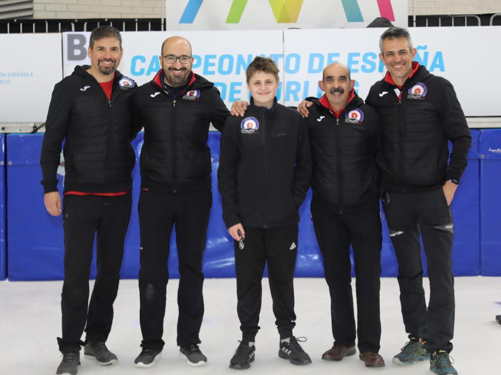 Bernal, Munuera, Palacín, Hernández y Gracia, componentes del Club Hielo Jaca, que quedó cuarto.