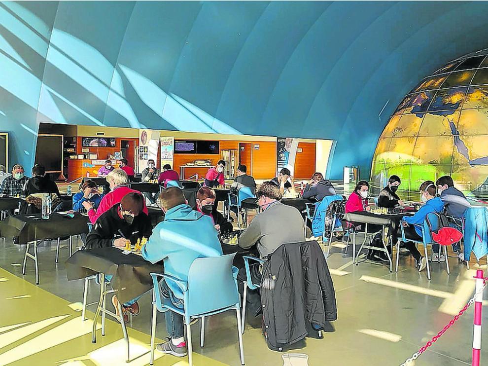 El Planetario se estrenó como sede de las partidos del Jaque Pirenauto.
