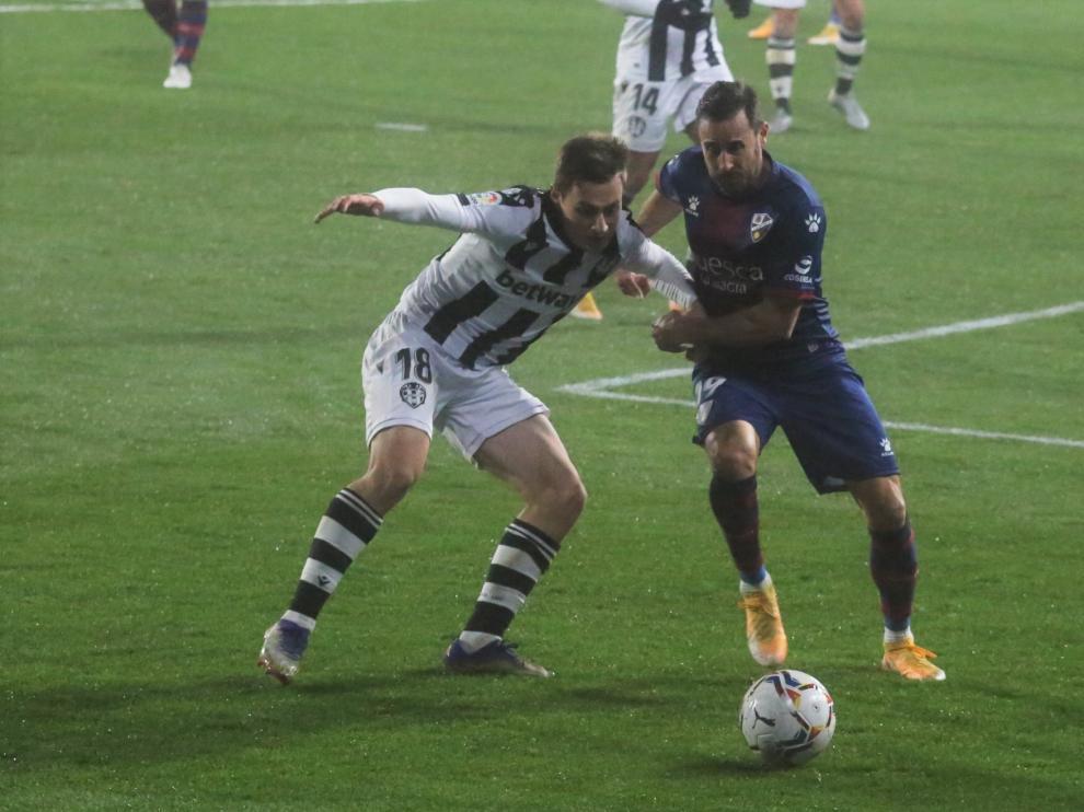 Imagen del partido de ida entre Huesca y Levante.