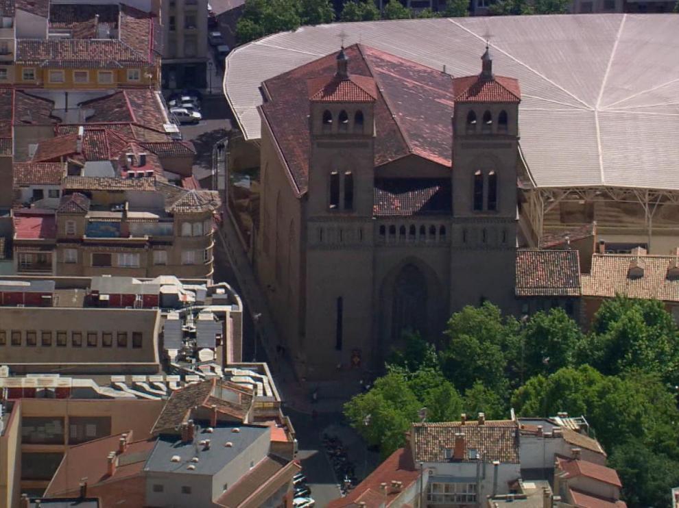 El reportaje Sagradas escrituras analiza las inmatriculaciones de bienes realizadas por la Iglesia.