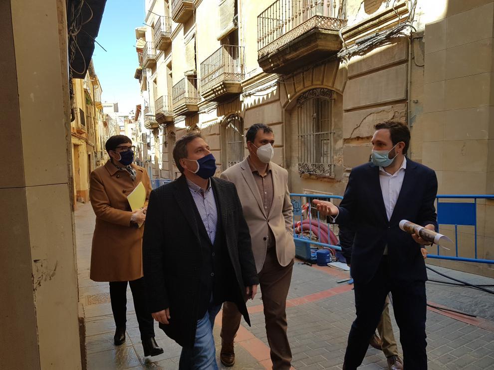 Visita del consejero de Vertebración del Territorio, José Luis Soro, ayer a Monzón.