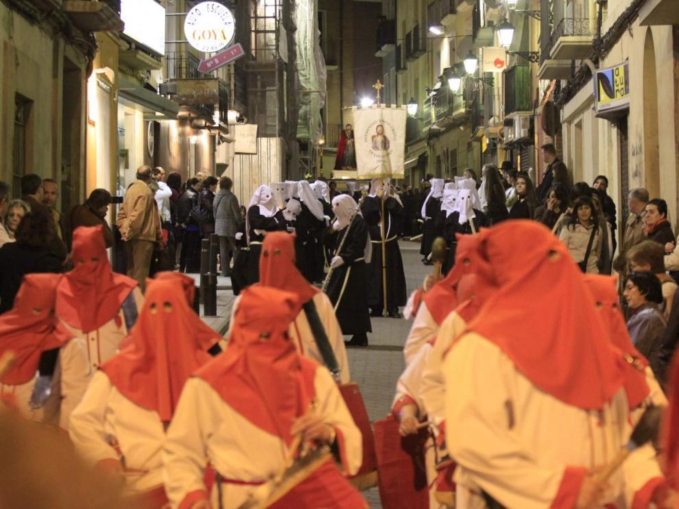 Procesión de Viernes Santo en Huesca