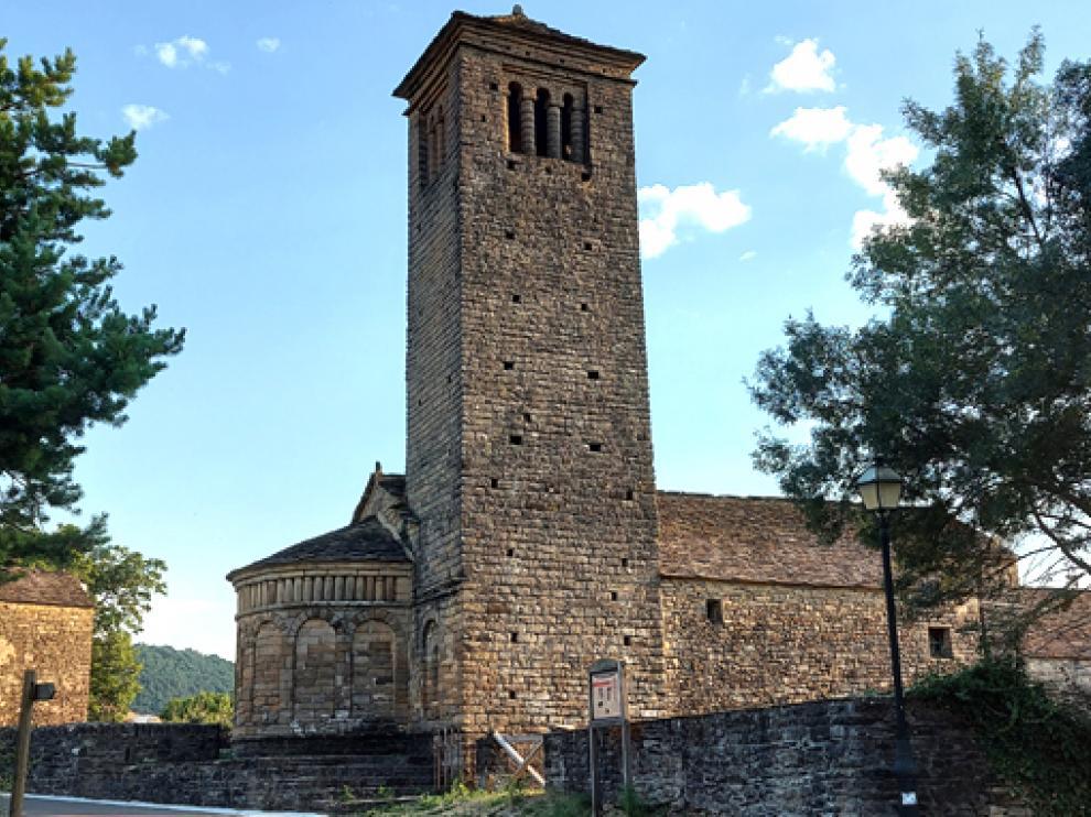 La iglesia de San Pedro de Lárrede, que pertenece al municipio de Sabiñánigo.