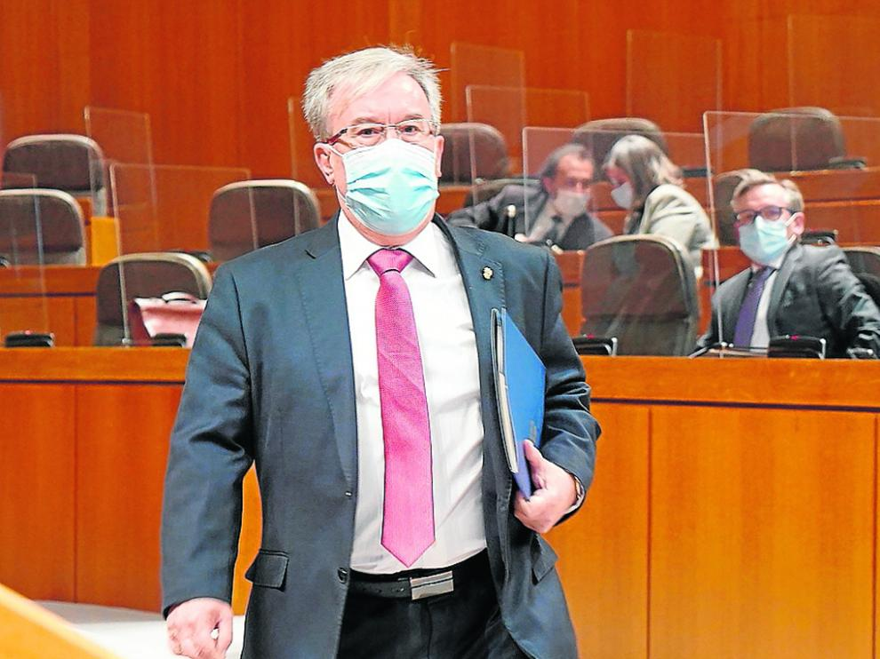 El Justicia de Aragón, Ángel Dolado, este miércoles en las Cortes.