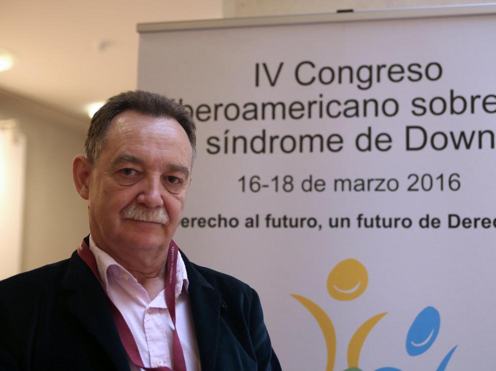 El presidente del Colegio de Médicos de Huesca, José María Borrel.