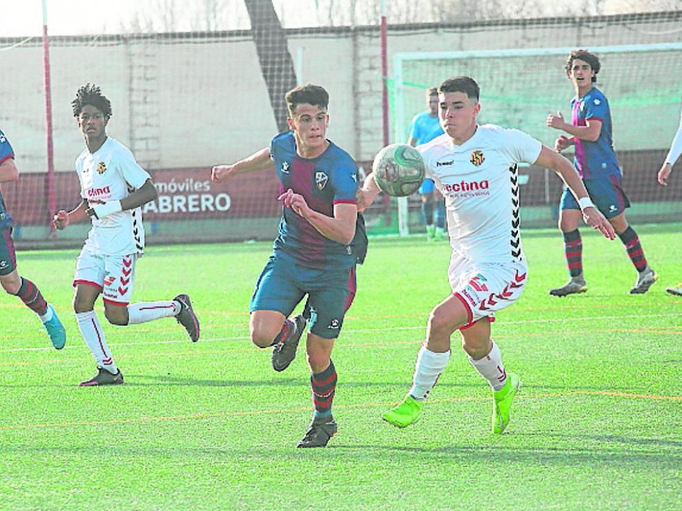 El Huesca iniciará la lucha por la permanencia en División de Honor Juvenil ante el Villacarlos.
