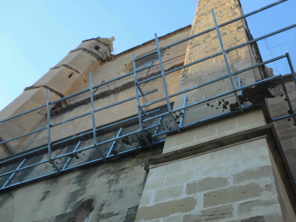Estado del muro sur que da a la calle Palacio