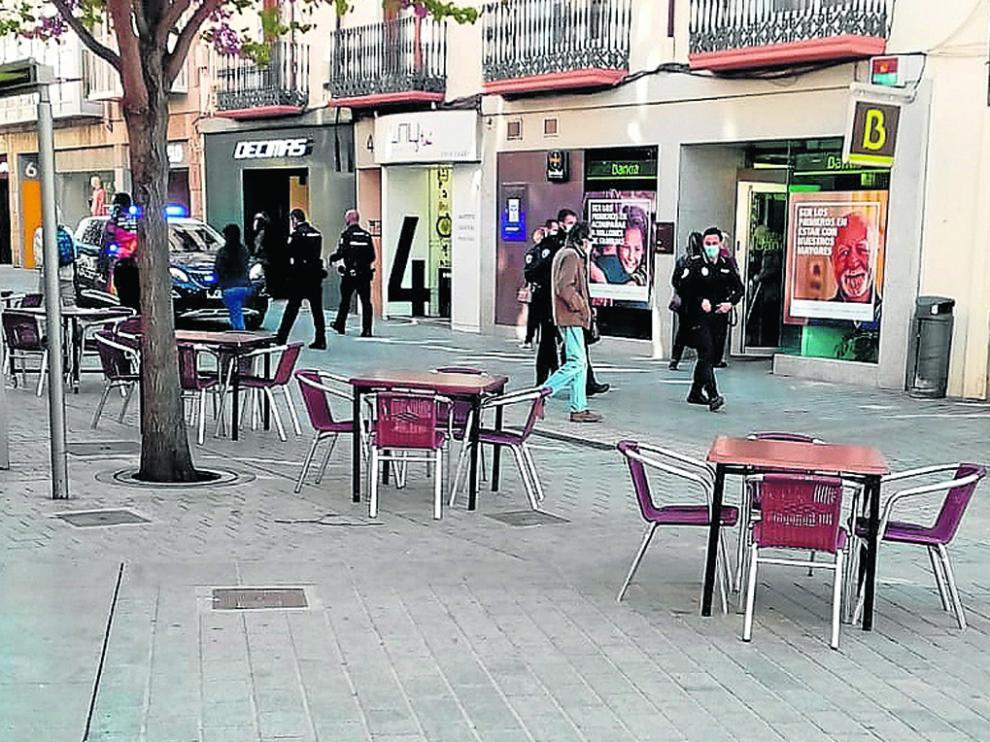 La policía local acudió al haber saltado la alarma en la entidad bancaria
