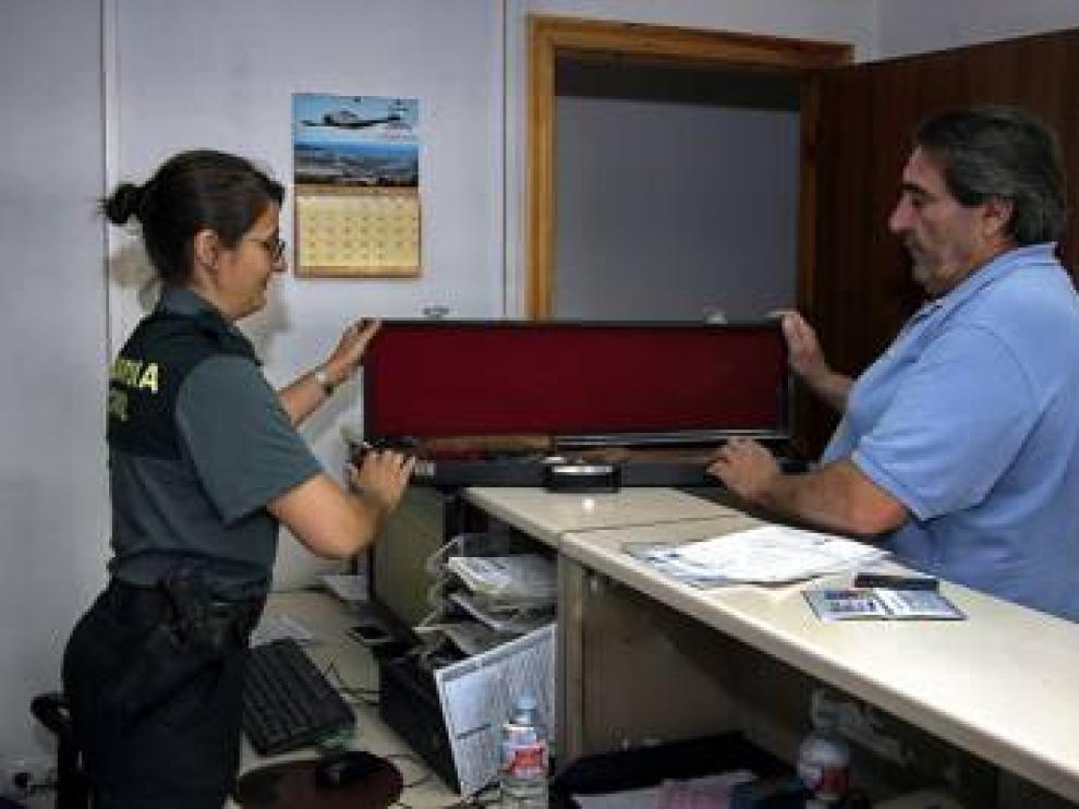 Imagen de una unidad de Intervenciones de Armas y Explosivos de la Guardia Civil