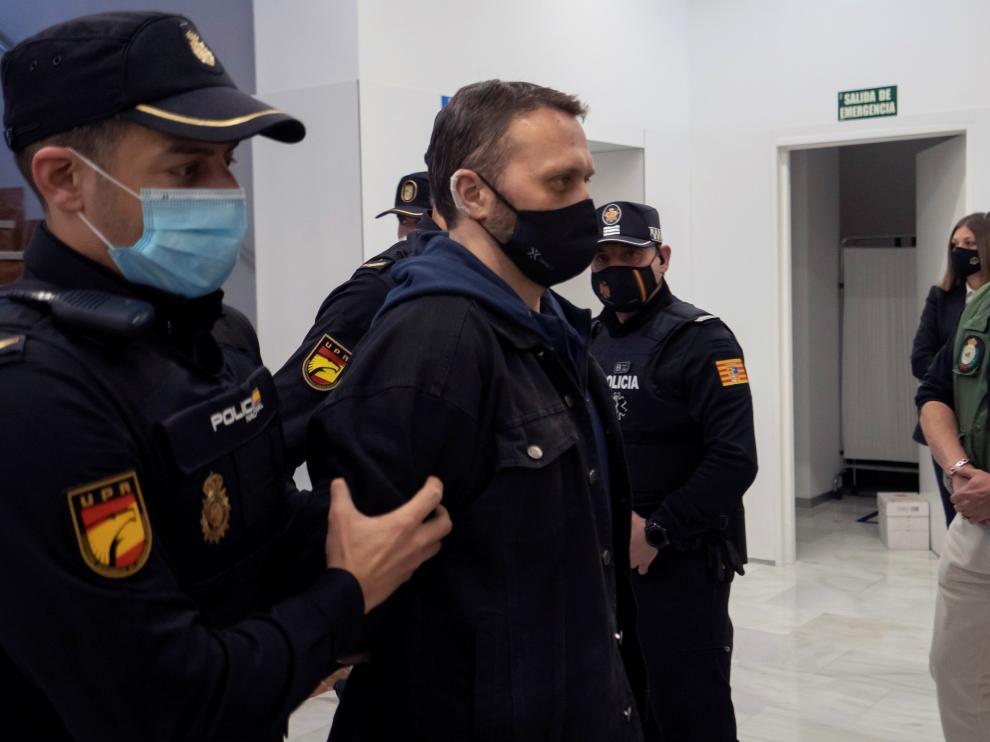 Igor el Ruso, cuando era conducido este martes a la Audiencia de Teruel para la segunda sesión del juicio.