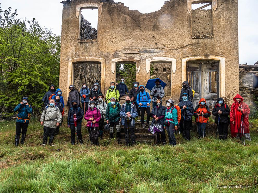 Los excursionistas de Peña Guara en su salida hacia Huértalo y Majones