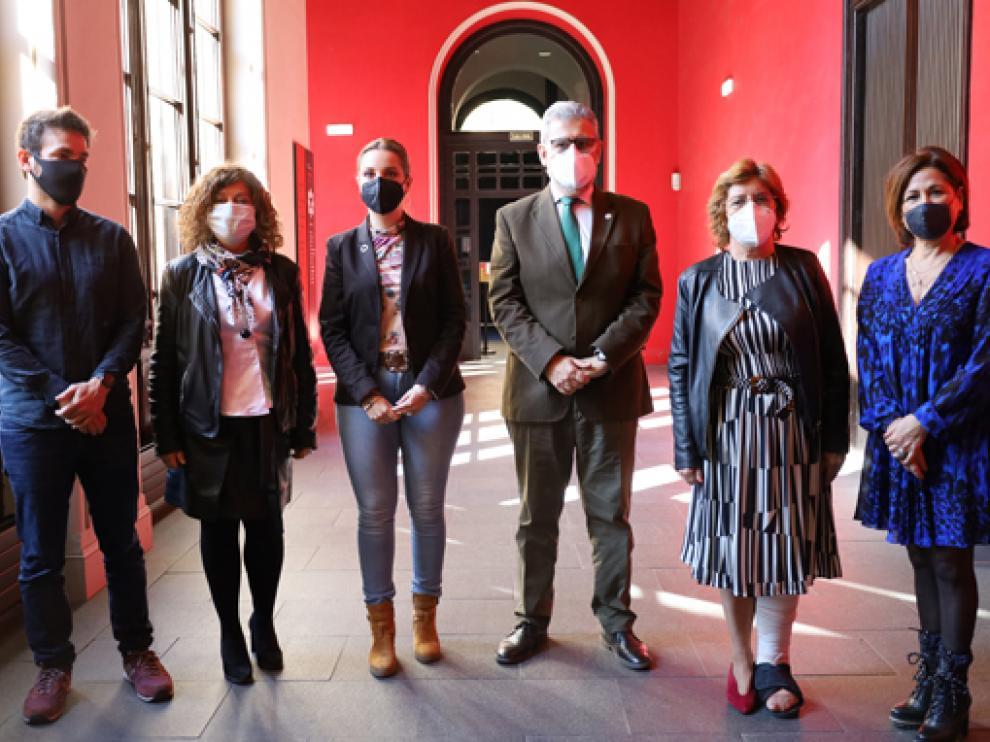 Ramón Guirado, Ángela Alcalá, Maru Díaz, José Antonio Mayoral, María Victoria Broto,Teresa Sevillano
