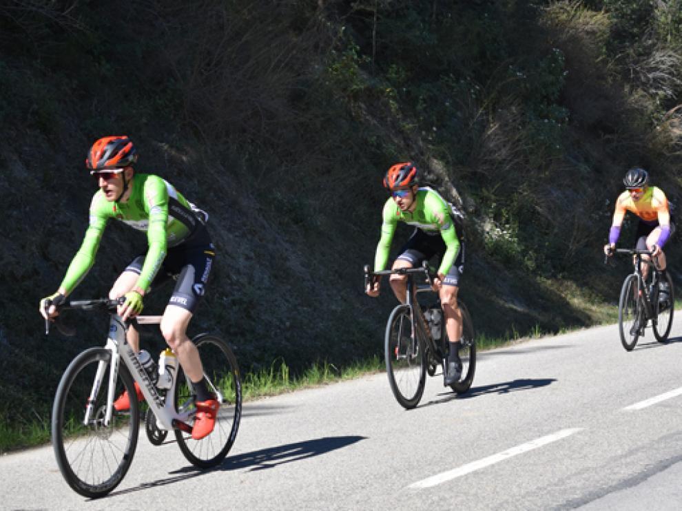 El Huesca La Magia Renaul AutoCuatro corre la Vuelta Guadalentín.