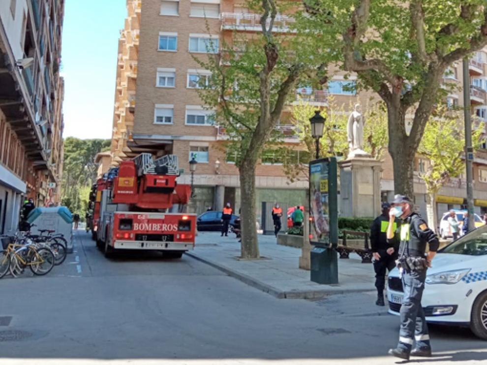 Incendio en una campana extractora en la plaza de la Inmaculada.