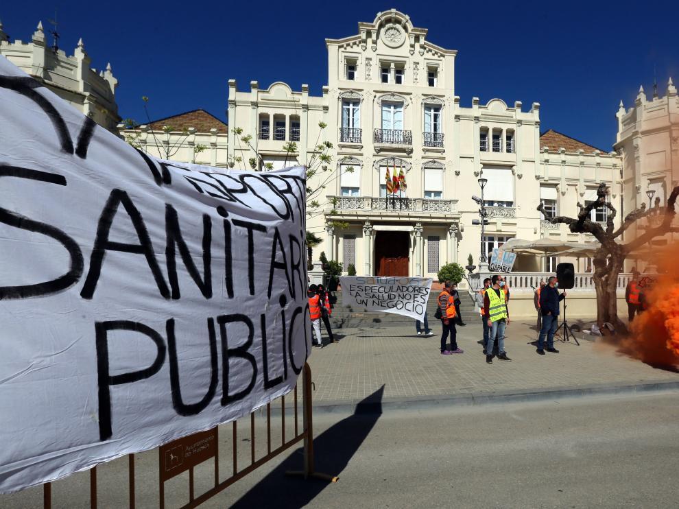 Imagen de la protesta celebrada en la plaza de Navarra este sábado.