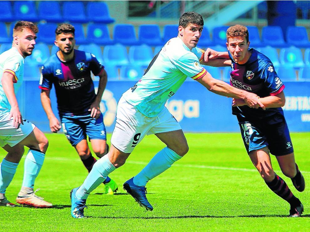 El Brea contuvo bien al Huesca B.
