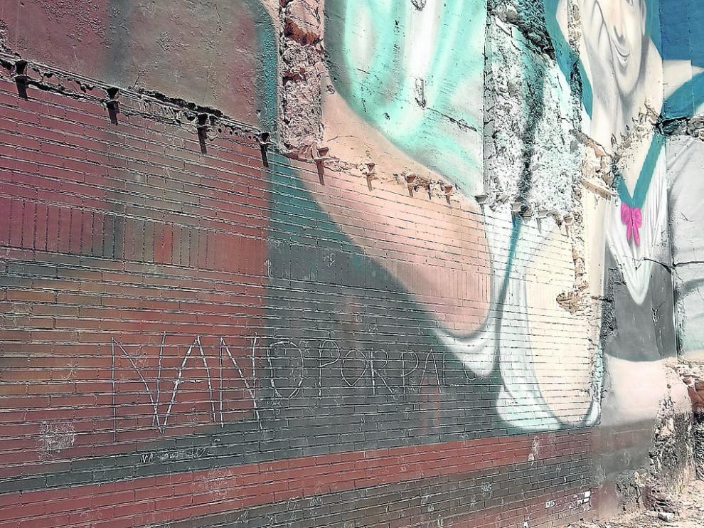 Daños en el mural de Gatta