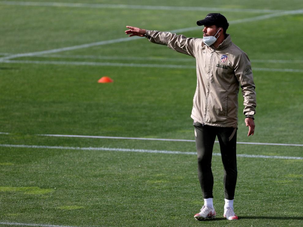 El Cholo dirige una sesión de entrenamiento del Atlético de Madrid