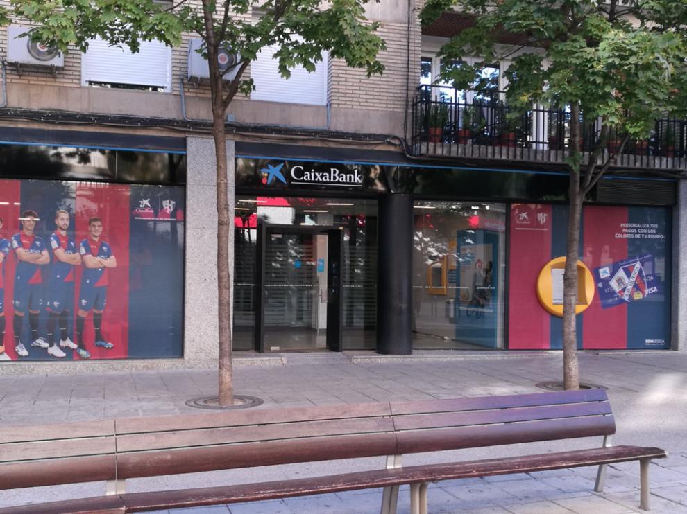 Oficina de Caixabank en Huesca