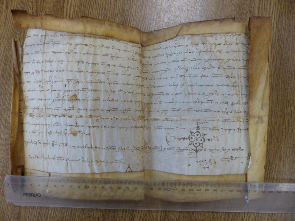 Original del traslado notarial del Privilegio de Jaime II de Aragón.