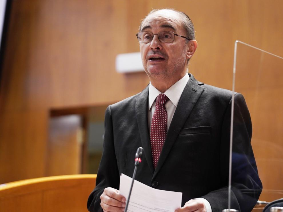 Javier Lambán en el Pleno de las Cortes celebrado este jueves