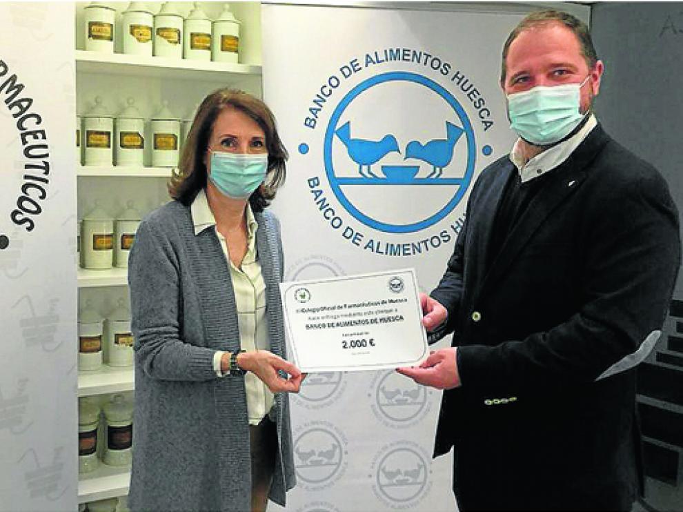 El Banco de Alimentos recibe la donación del Colegio de Veterinarios