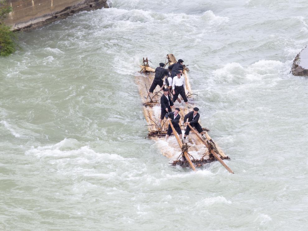 Imagen de archivo del tradicional descenso de Navatas