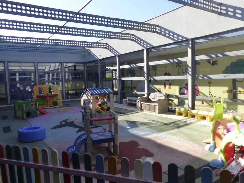 Escuela de educación infantil Clara Campoamor de Monzón.