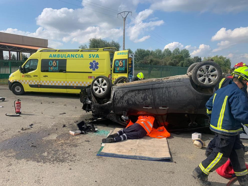 El vehículo ha volcado al sufrir un accidente entre Vencillón y Zaidín.