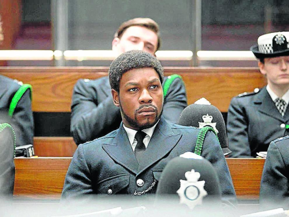 El actor John Boyega opta a un premio por su papel del agente de policía Leroy Logan.
