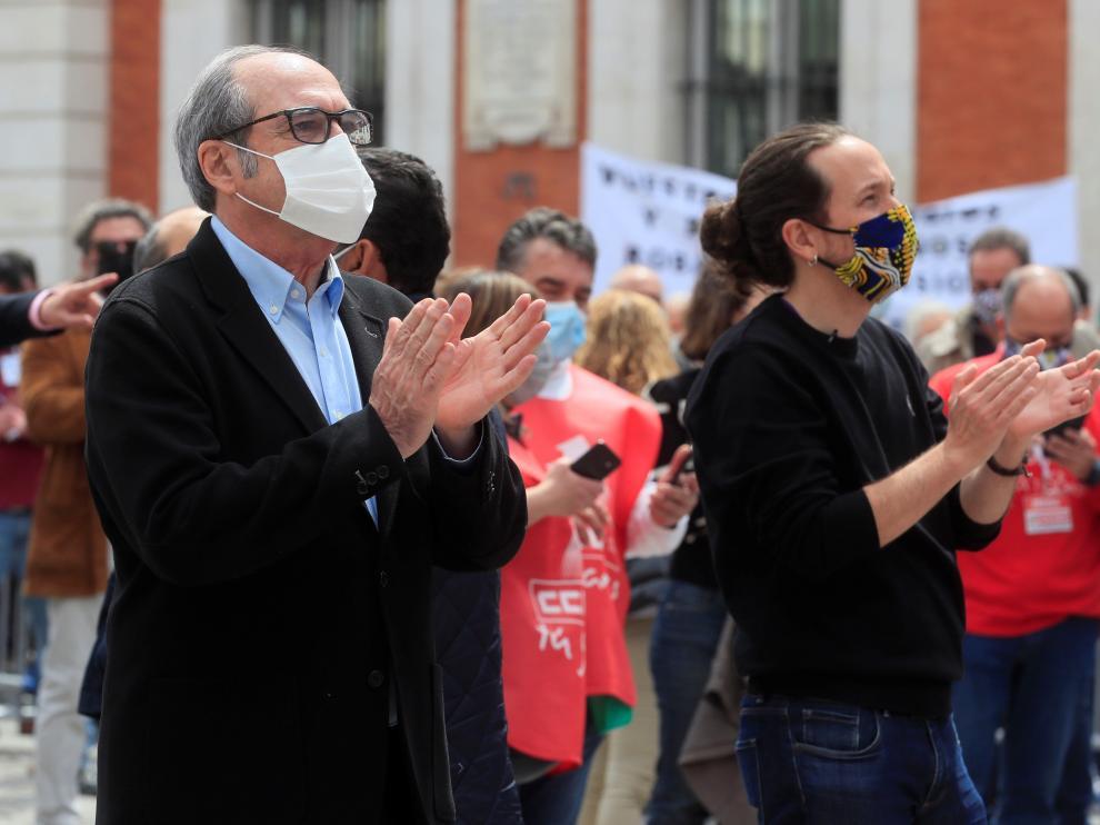 Pablo Iglesias junto al líder socialista en la Comunidad de Madrid, Ángel Gabilondo, en un acto del Primero de Mayo.