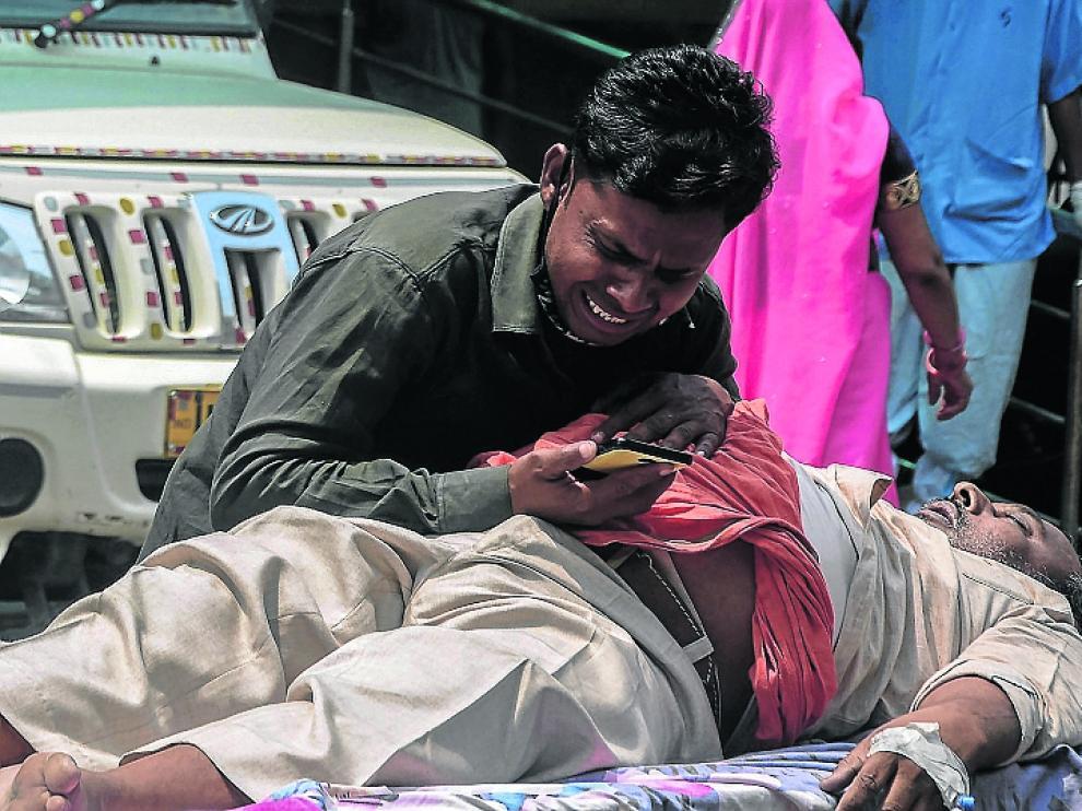 La situación en la India es muy grave, continuamente bate sus propios récords de contagios y decesos.