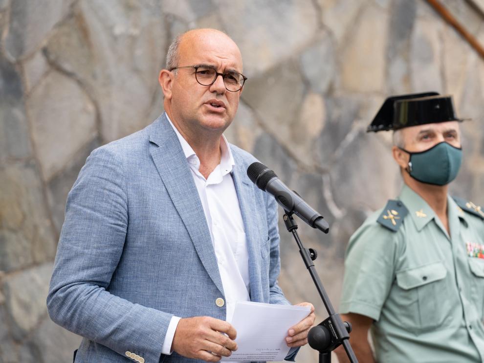 El delegado del Gobierno en Canarias, Anselmo Pastana, informa sobre la investigación.