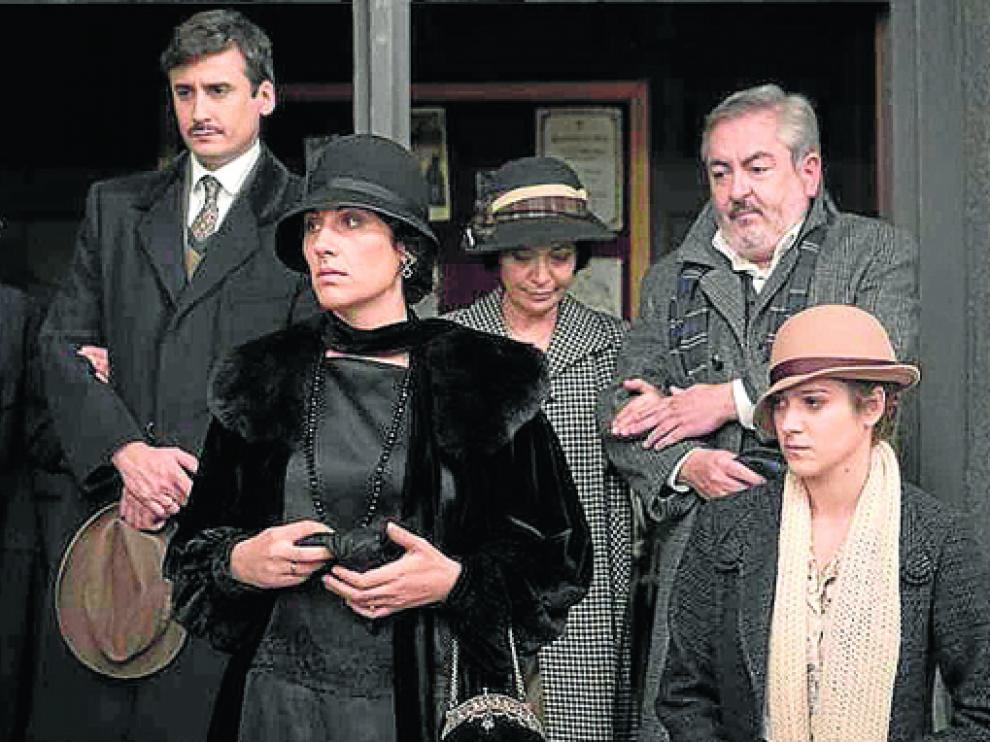 La serie 'Acacias 38' se despide hoy tras haber emitido 1.483 capítulos en La 1 de Televisión Española.