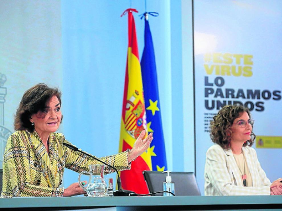 Las ministras Carmen Calvo y María Jesús Montero.