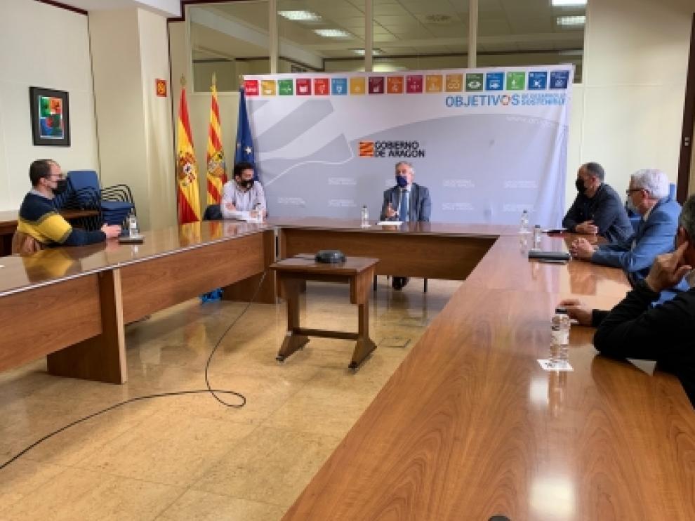 Olona se reúne con los alcaldes de la zona del Parque Natural de la Sierra y los Cañones de Guara y representantes de la DPH