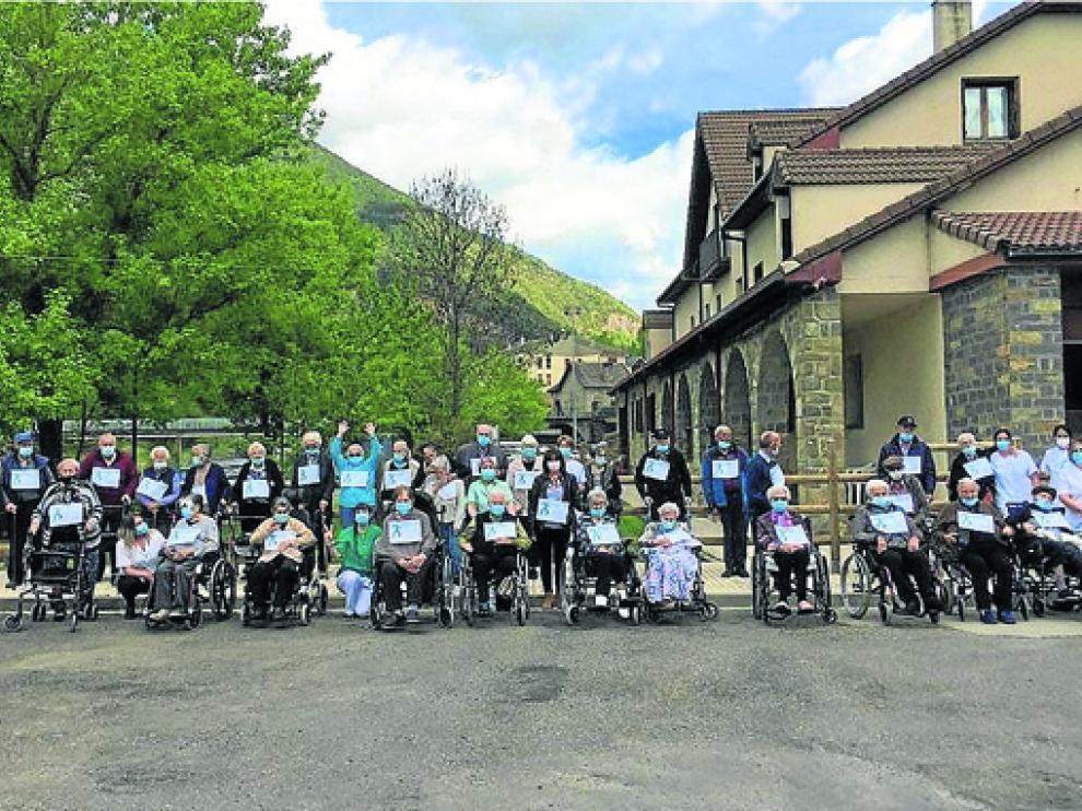 Participantes en la carrera solidaria de Atades