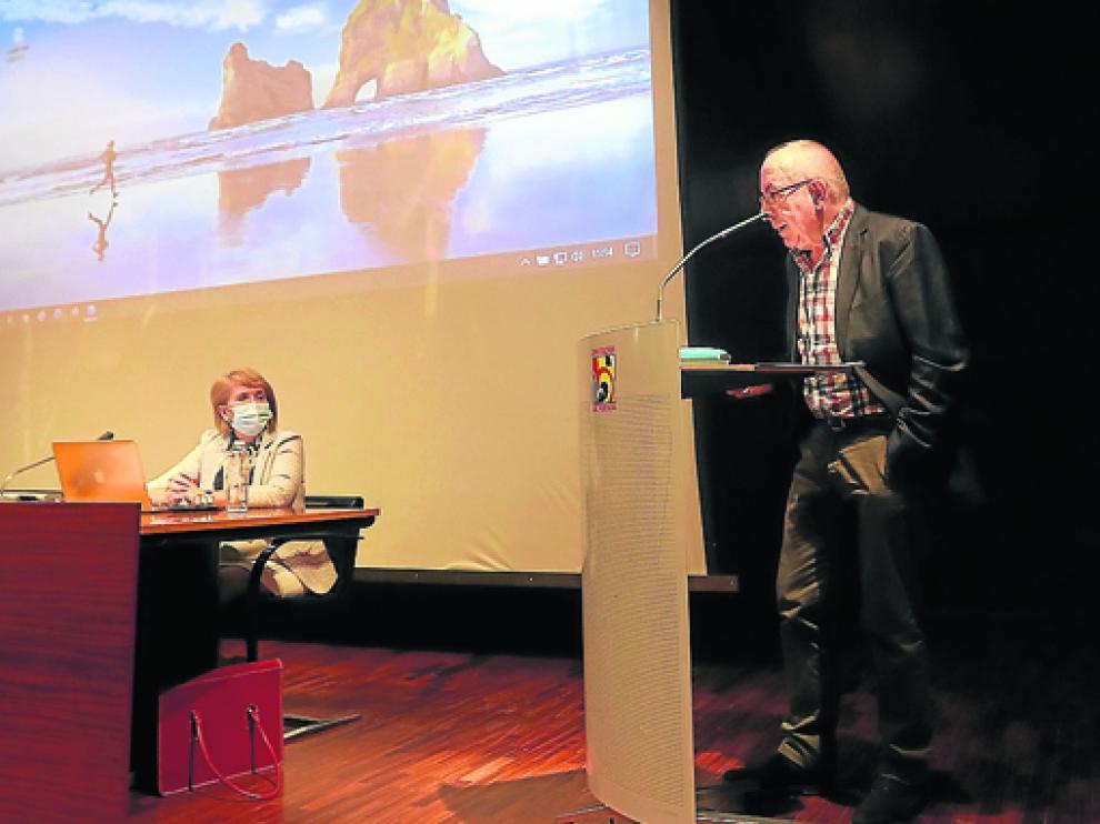Ignasi Brunet, en su charla de ayer en el seminario sobre sindicatos y sindicalismo.