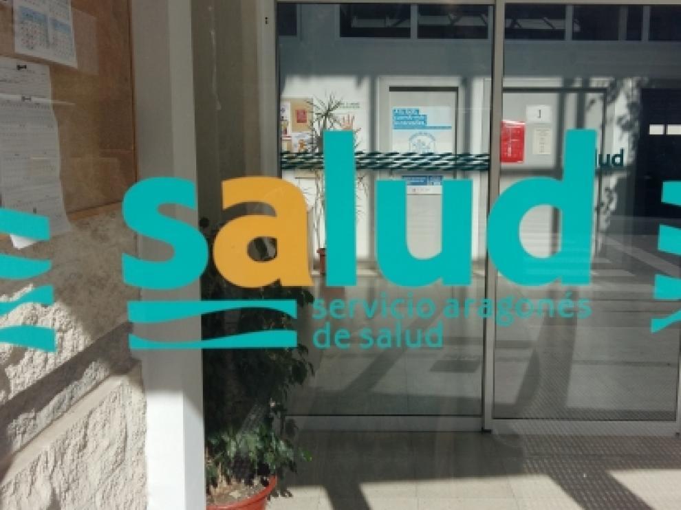 Entrada de un centro de salud de la comunidad aragonesa.