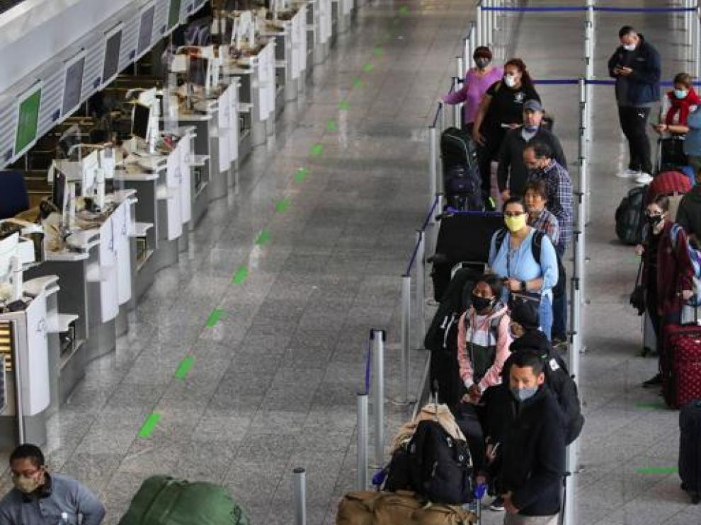 La UE permitirá la entrada a viajeros procedentes del Reino Unido y Estados Unidos, entre otros
