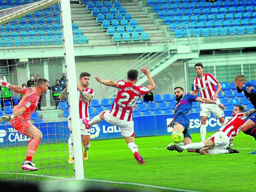 Partido del Huesca contra el Athletic de Bilbao