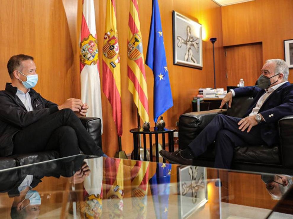 Imagen del encuentro del pasado miércoles entre Miguel Gracia y Ánder Gil