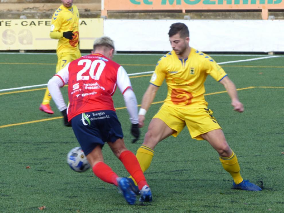 Imagen de un partido de esta temporada del Robres, que está más cerca de la permanencia.