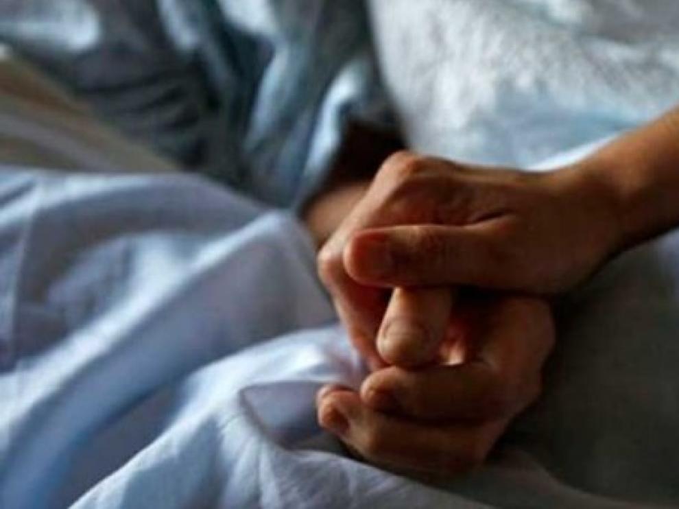 La formación pide incluir a los enfermos crónicos en la etapa 3 de la vacunación