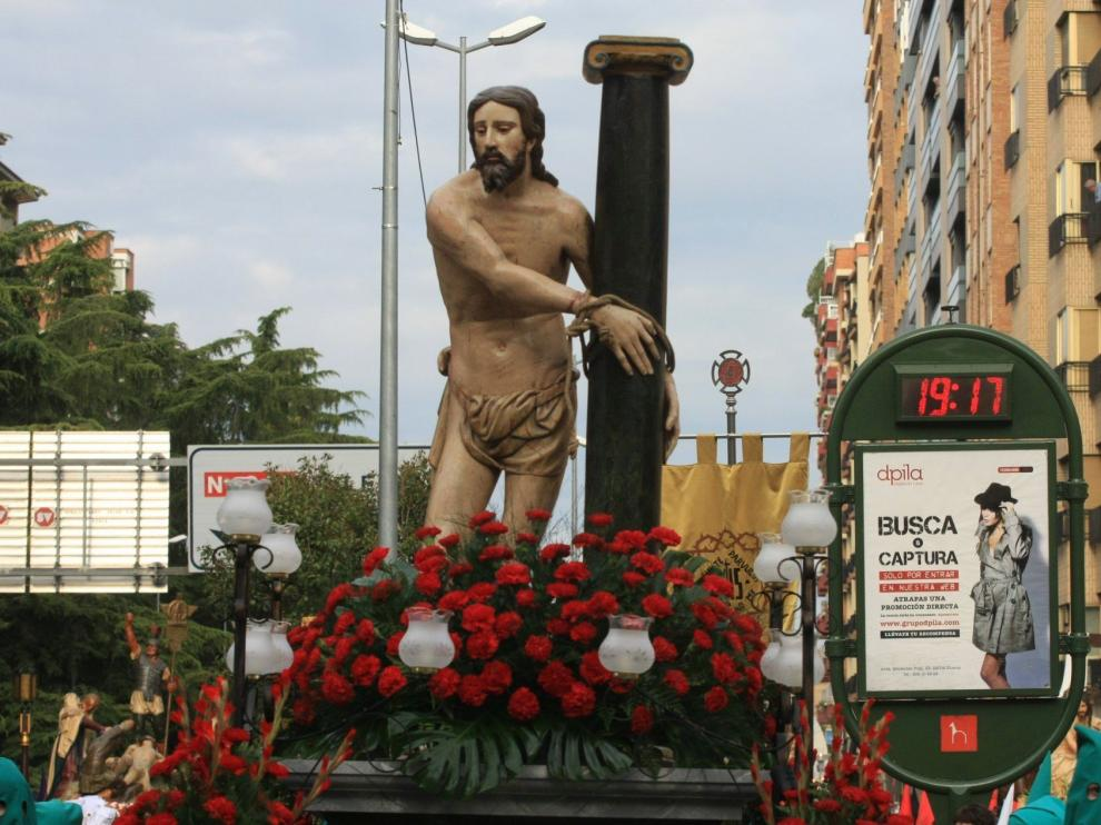 Cristo Atado a la columna en la procesión del Santo Entierro de Huesca