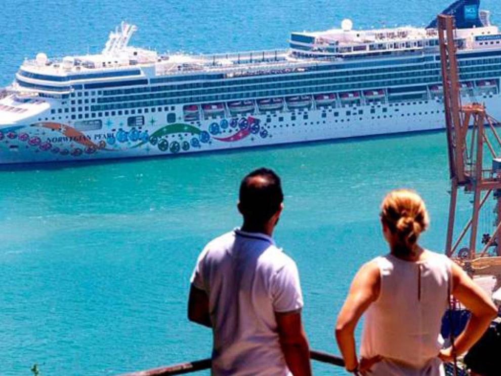 Los cruceros ya pueden atracar en puerto español
