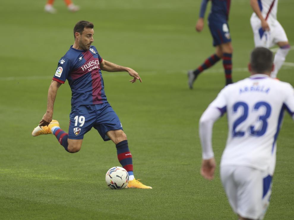 Imagen de Pedro López durante el Huesca-Eibar de esta temporada.